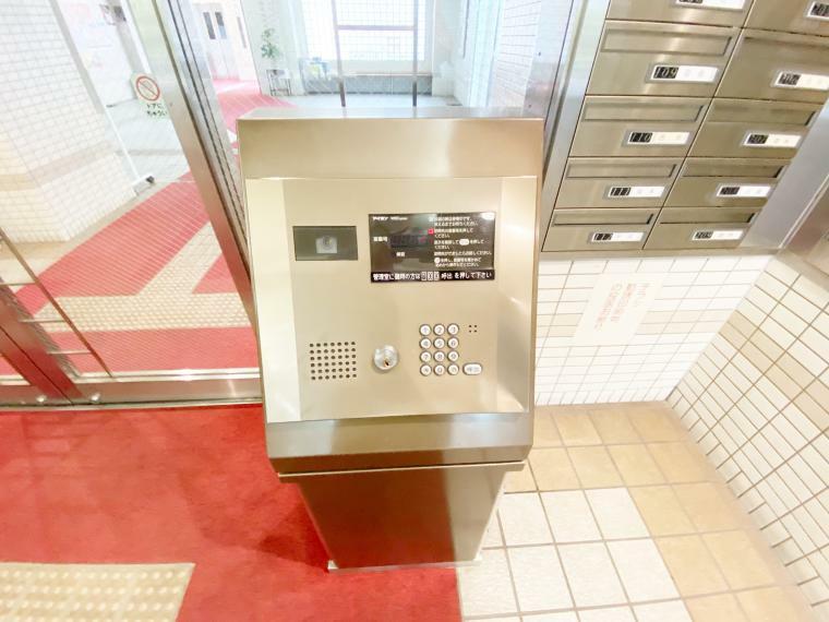 エントランスホール モニター付きオートロック