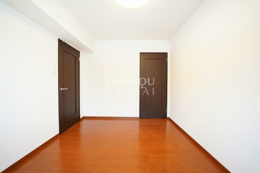 洋室 洋室(3) 約5.9帖