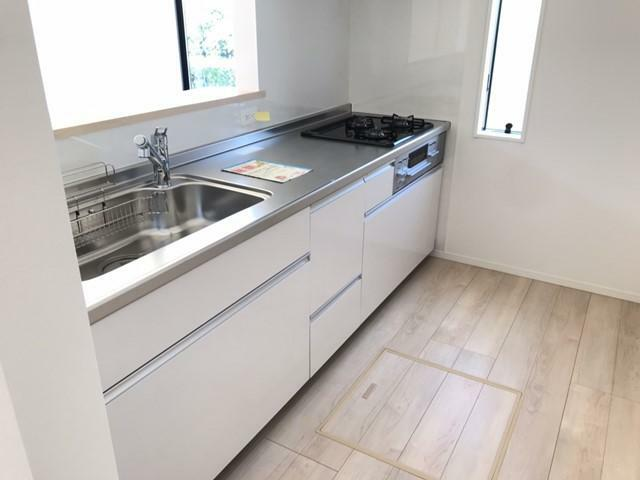 キッチン 対面式キッチンです。