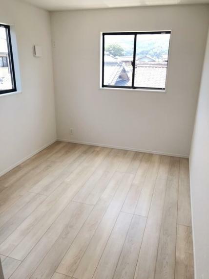 洋室 東側6.5帖洋室です。