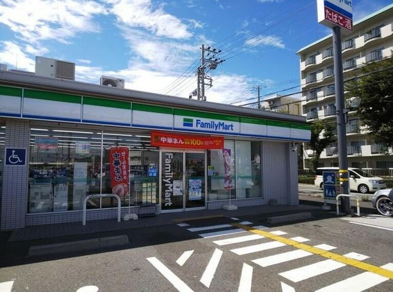 コンビニ 【コンビニエンスストア】ファミリーマート神戸垂水星陵台店まで1248m
