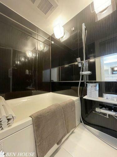 浴室 浴室・ユニットバスもまるごと新規交換で、気持ちよく入浴できます。雨の日の洗濯などにも便利な浴室換気乾燥暖房機付きです。