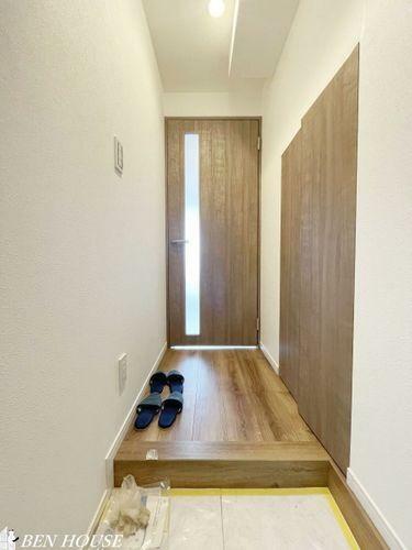 玄関 玄関・玄関はすっきりコンパクト。その分居室部分を広く使えます。