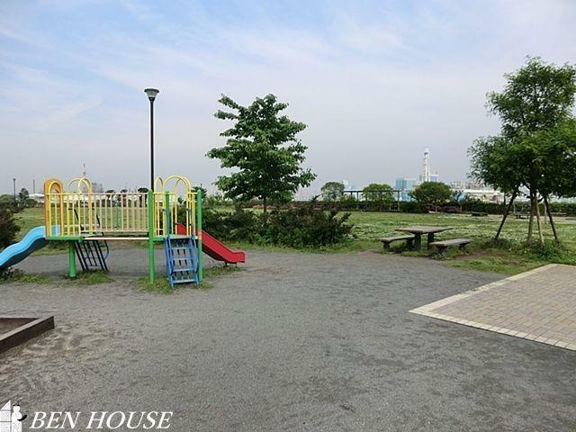 公園 磯子・海の見える公園 徒歩8分。