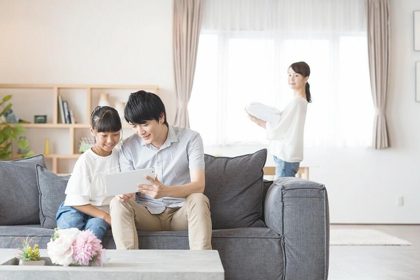 【4LDKプラン】  多様化する家族のライフスタイルに対応する、部屋数豊富な4LDKプランをご用意。在宅ワークの専用部屋や、趣味の部屋として便利に利用できます。※号棟により採用状況が異なります。