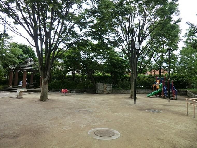 公園 天沼地蔵前公園