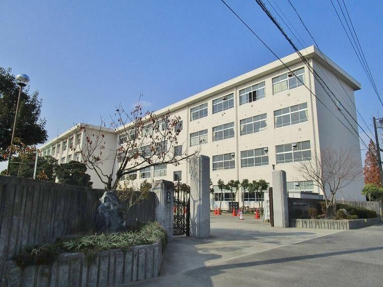 中学校 豊田市立前林中学校2700m