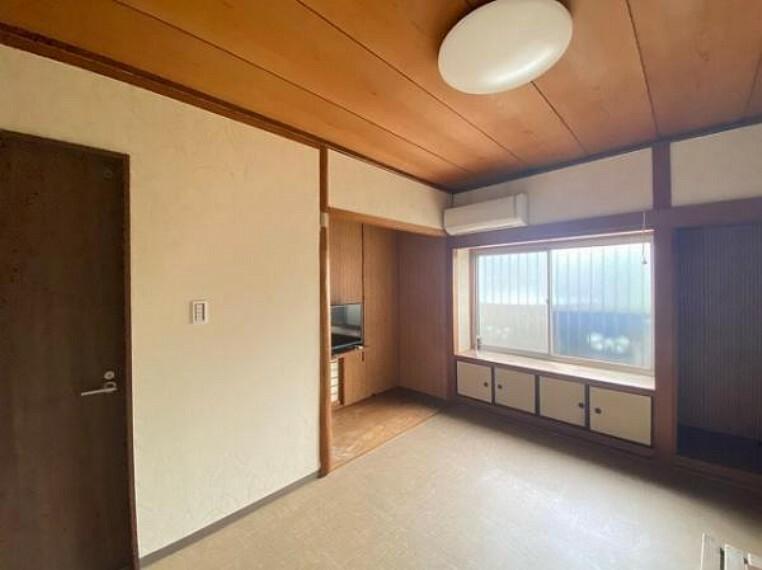 寝室 趣のある床の間付きのお部屋です