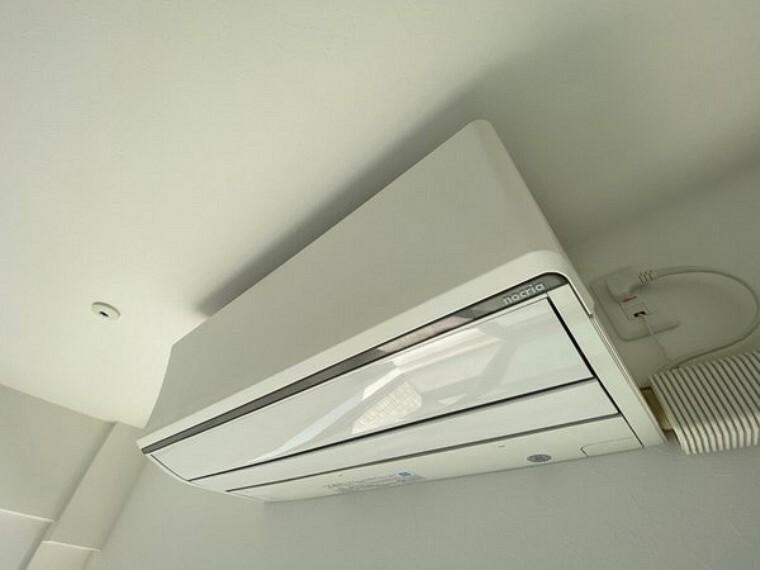 リビングにはエアコン完備でお引っ越し時の経費削減になります。