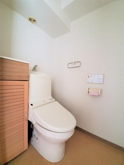 トイレ 2014年リフォーム済み!収納あり!