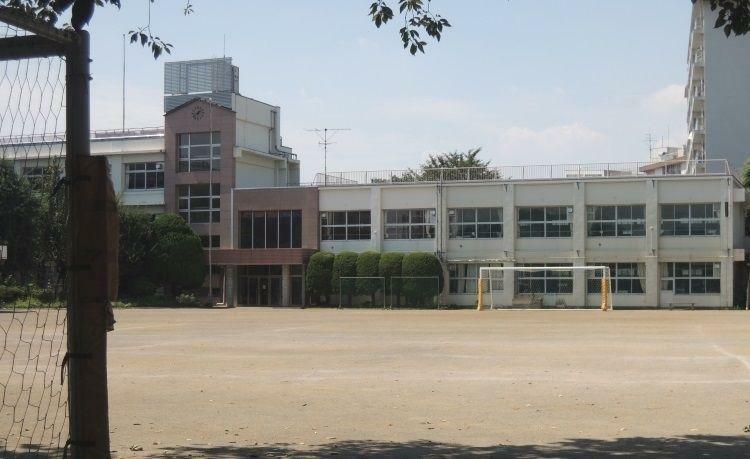 中学校 大田区立中学校/田園調布 徒歩11分。