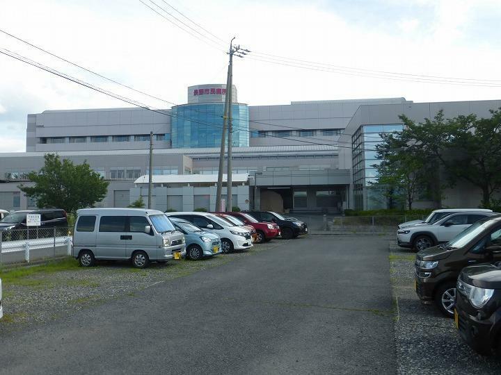 病院 長野市民病院(車で6分)