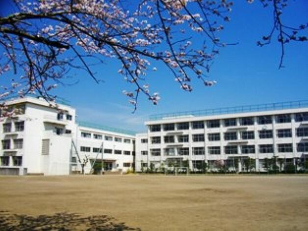 中学校 仙台市立南小泉中学校 徒歩17分(1303m)