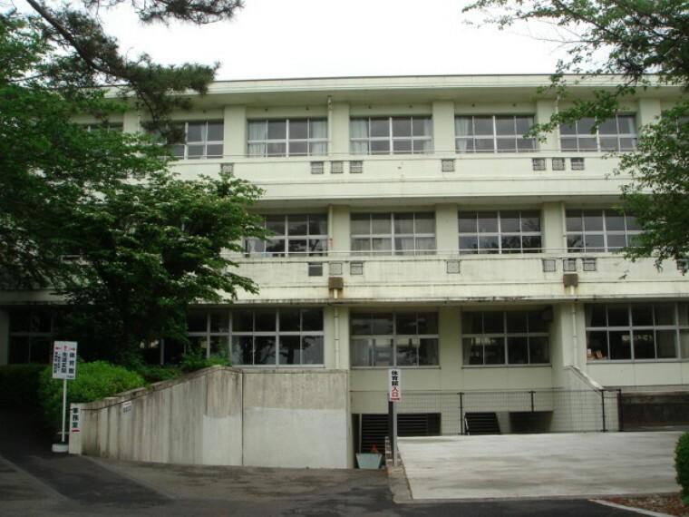 中学校 【中学校】沼津市立門池中学校まで1672m