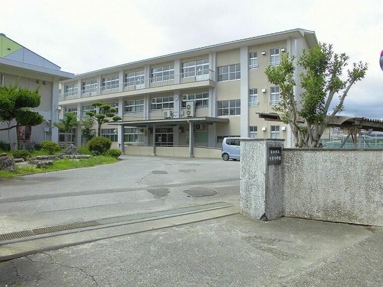 中学校 【中学校】介良中学校まで650m