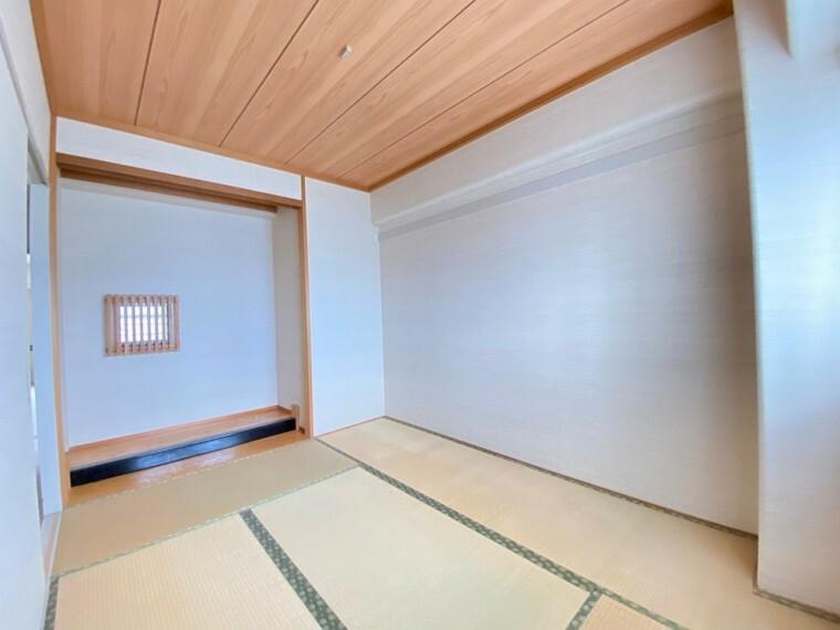 和室 リビングに隣接する6帖和室です。