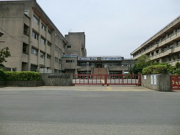 中学校 越谷市立北陽中学校 1400m
