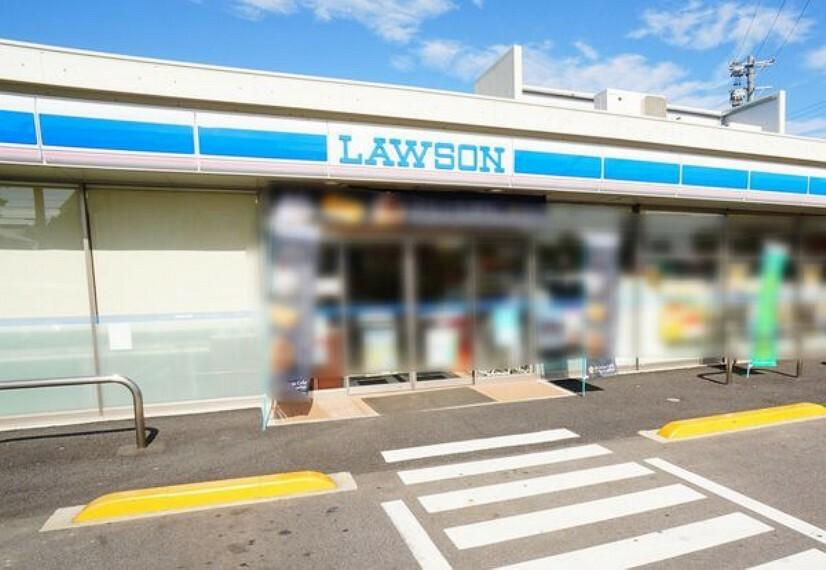 コンビニ ローソン美濃加茂加茂野町店 ローソン美濃加茂加茂野町店まで779m(徒歩約10分)