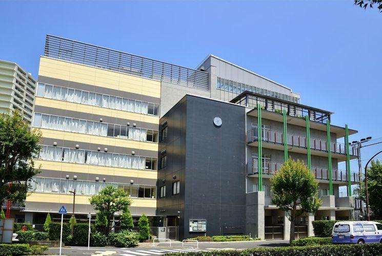 中学校 品川区立荏原平塚学園 徒歩10分。