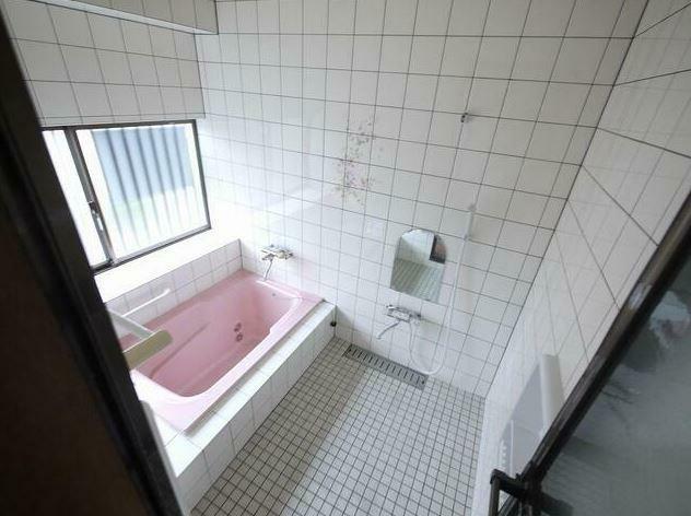 浴室 ユニットバスに変更予定