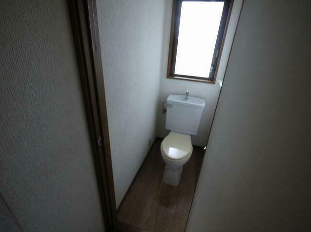 トイレ 2階のトイレ、交換予定