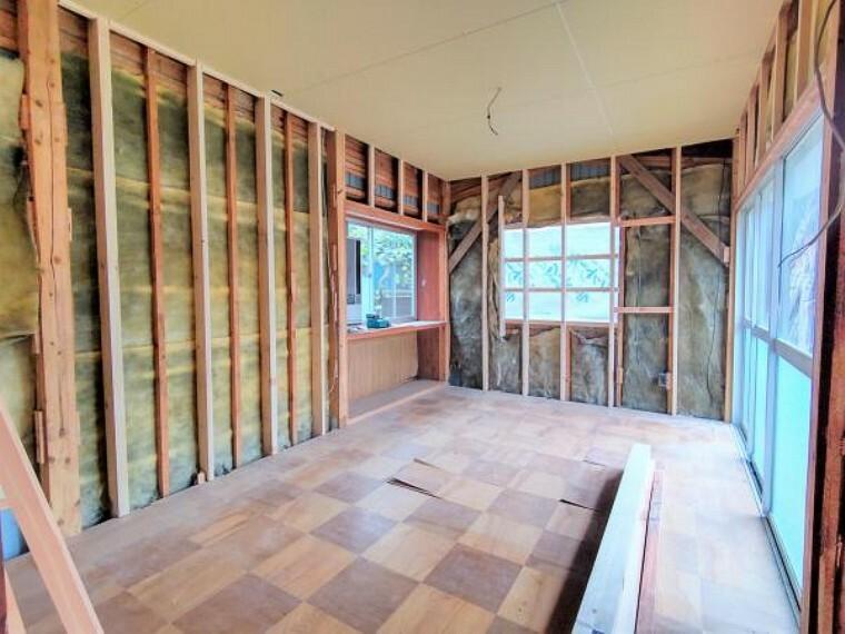 【リフォーム前】約6.5帖洋室です。現在和室ですが、フローリング張りを行い洋室に変更します。