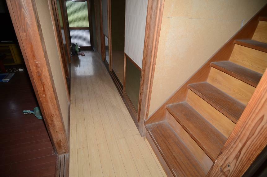 廊下、階段
