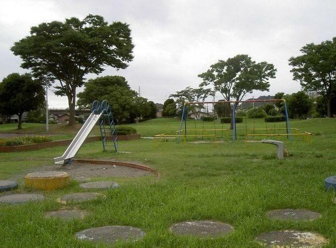 公園 堺田公園 徒歩7分。