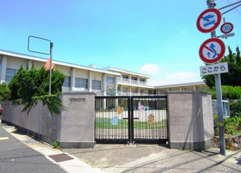 幼稚園・保育園 【幼稚園】愛徳幼稚園 神陵台まで802m