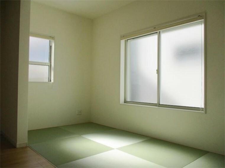 同仕様写真(内観) 施工例:和室 和モダンのうれしい空間でゲストに自慢できそう