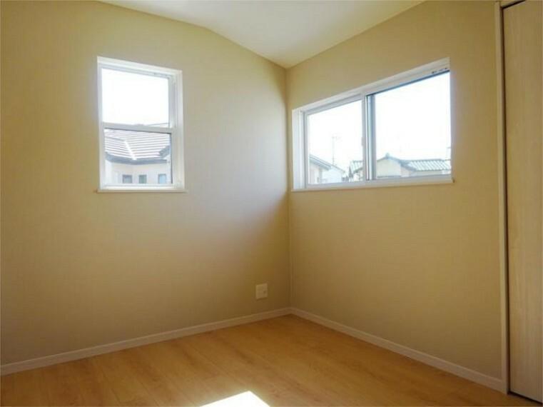 同仕様写真(内観) 施工例:洋室3居室3、6帖+南向き窓の明るさは家族の元気のエッセンス!