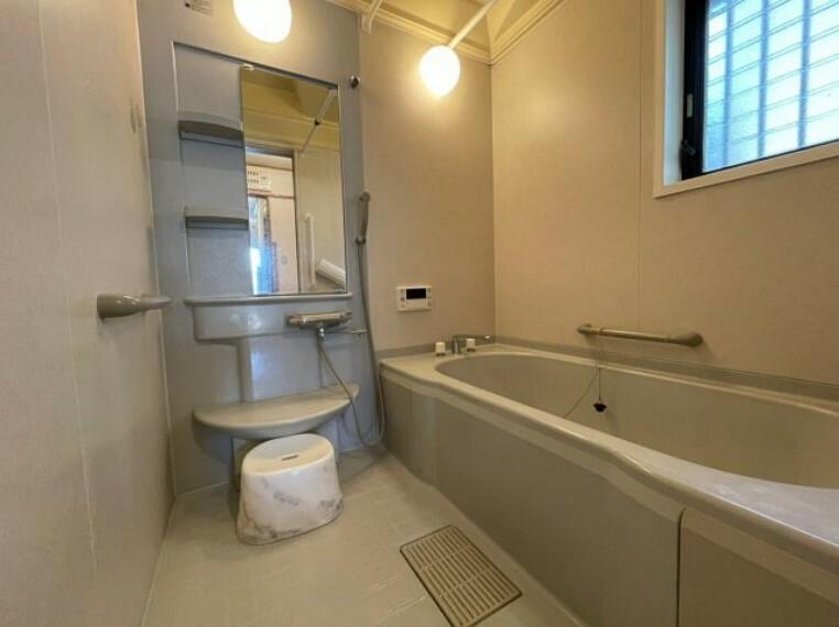 浴室 ゆっくり足を伸ばせ、くつろげる浴室