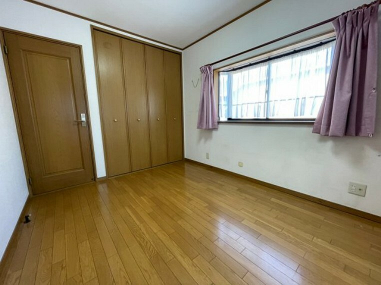 子供部屋 収納付き居室