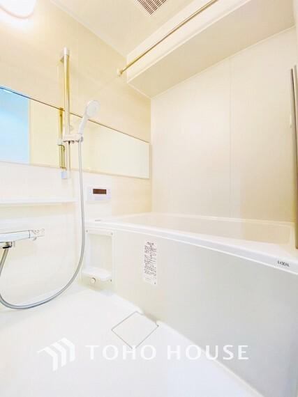 浴室 リフォーム済の浴室です。天気に左右されずに洗濯物を乾かせる、浴室乾燥機・オートバス機能付きです。