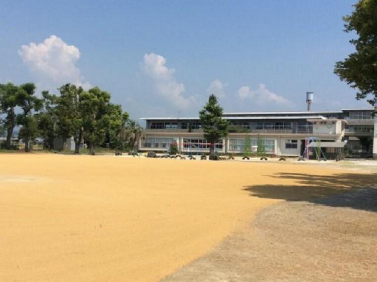 小学校 【小学校】南国市立日章小学校まで1584m