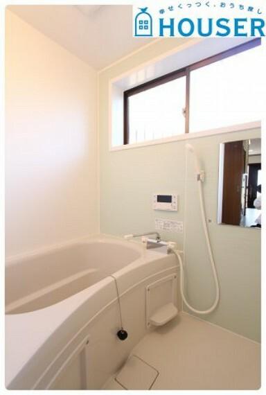 浴室 浴室には窓がありカビの心配もありません