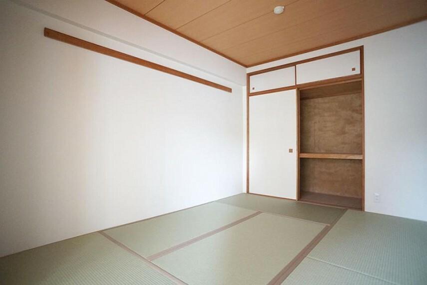 和室 ~Japanese‐style room~ お客様がいらした時、お子様の遊び場、寝室など和室があるのは嬉しいですね  9月3日撮影