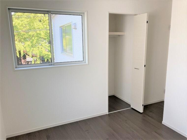 収納 全居室収納があるので、お部屋もスッキリしてお掃除もしやすいですよ