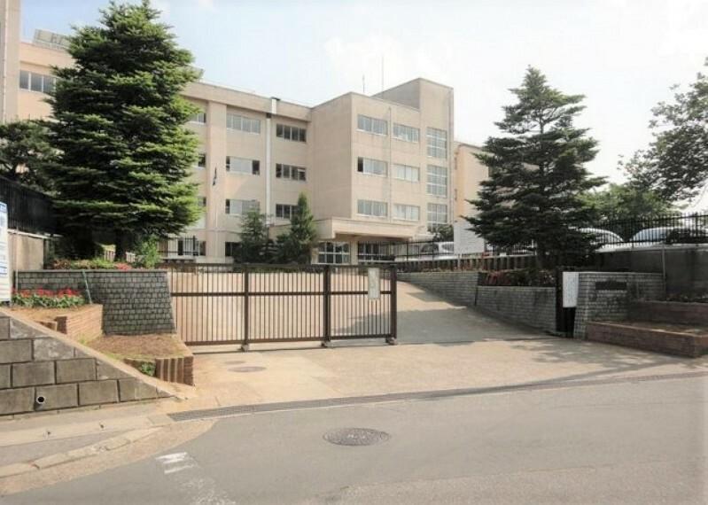 中学校 【中学校】土浦市立土浦第六中学校まで1057m