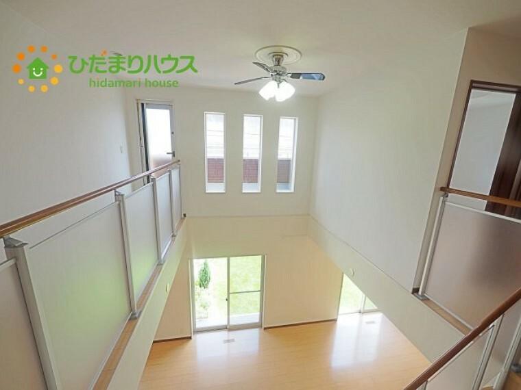 窓が多いので、明るい空間です(*^^*)