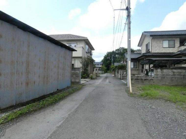 現況写真 東側の前面道路です。