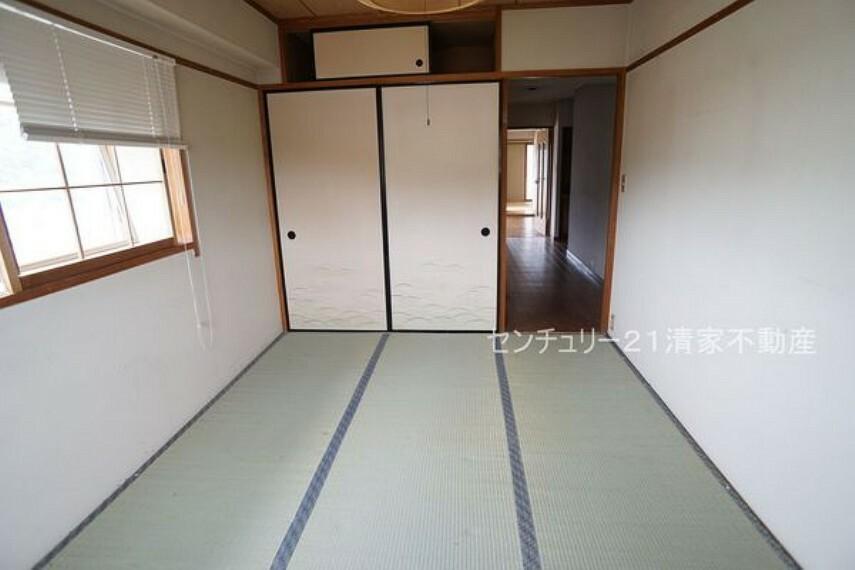 洋室 子供部屋にも嬉しい全居室収納スペース(2021年07月撮影)