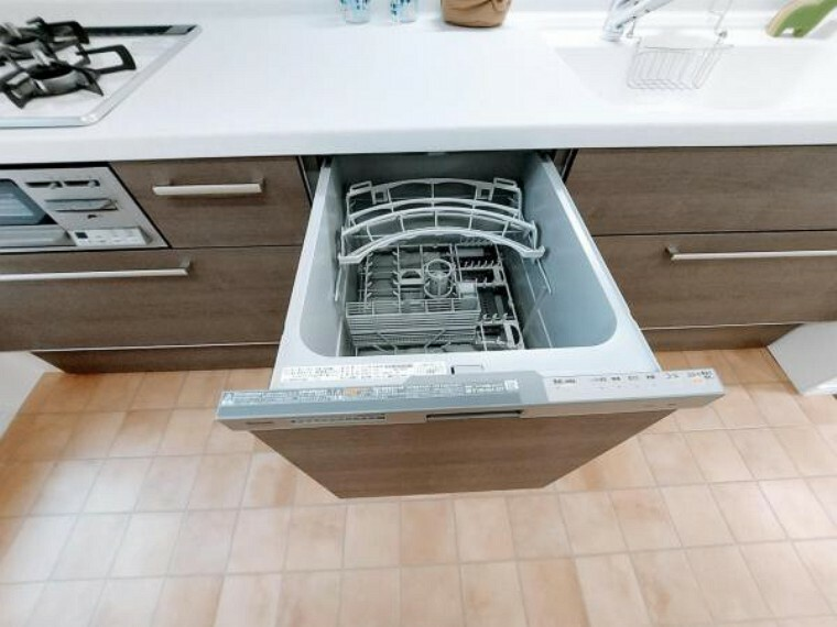 キッチン 忙しい家事の味方食洗機。時短ができてご家族との時間が増やせます