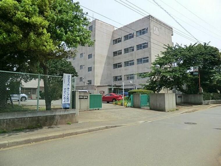 中学校 飯山満中学校