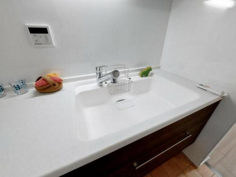 キッチン 浄水器一体型の水栓はお料理にもすぐに使えます