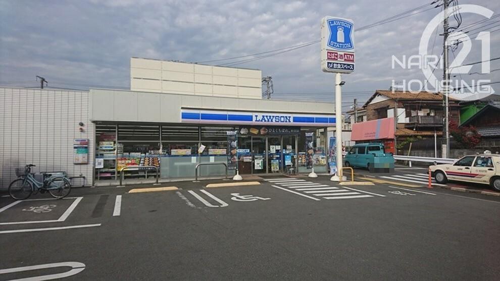 コンビニ 【コンビニエンスストア】ローソン 武蔵増戸駅前店まで260m