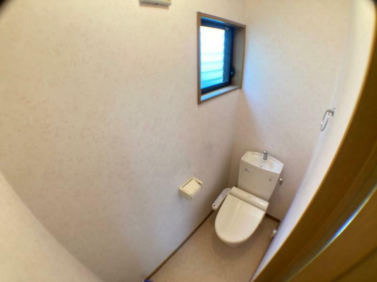 トイレ 2Fトイレ(撮影日時2021年8月2日)