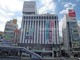 ショッピングセンター 上野マルイ 徒歩11分。