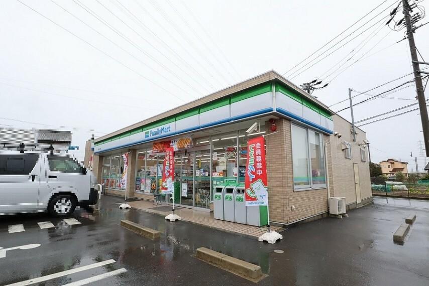 コンビニ ファミリーマート 一宮浅井大野店