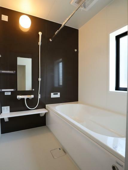 浴室 【3号棟】乾燥暖房機付きユニットバス